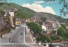 $3-2411 - Calabritto -  Avellino - Scorcio Panoramaico E Via Nazionale - F.g. Non Viaggiata - Avellino
