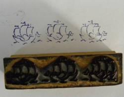 Ancien Tampon Scolaire Bois  Frise BATEAUX - Voilier Marine Bateau Ecole Rubbe Stamp - Scrapbooking