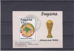 Drapeaux - Carte D'Amérique Du Sud - Football - Coupe Du Monde  - Guyane - Bloc De 1988 Oblitéré - - World Cup