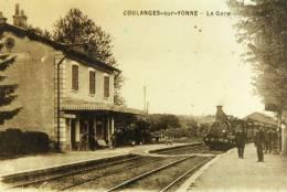 89 COULANGES SUR YONNE  LA GARE ARRIVEE DU TRAIN  VAPEUR  Animation - Stations With Trains