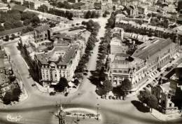 CPSM   VALENCIENNES   La Ville Vue Du Ciel Avec La Place De La Gare Et Le Grand Hotel - Valenciennes