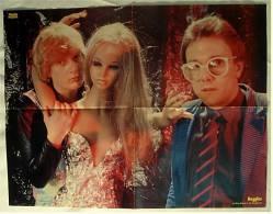 Musik Poster  - Gruppe Buggles Mit Miss Robot In Der Plastikwelt  - Ca. 57 X 43 Cm  -  Von Pop Rocky Ca. 1982 - Manifesti & Poster