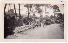 Photo Soldats / Militaires, Campement, Camions - Guerre, Militaire