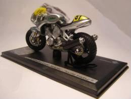"- SOLIDO - VOXAN Café Racer "" Tourist Trophy "" - Réf 86013 -  1/18° - Motos"