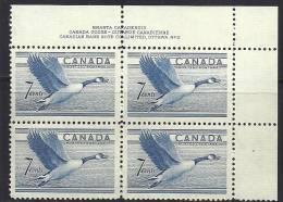 Canada 1952 Birds Aves Oiseaux Vegels  - Canada Goose - Branta Canadensisblock Of 4  MNH - Eenden