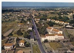 BOUSSAY  -    Vue Générale Aérienne Du Bourg -   CPM . - Boussay