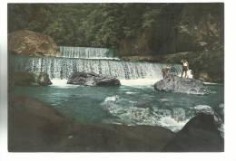 Bella Cartolina Con Persone Lago Di Como Cascata Trrente Livo Ediz Valsecchi Cartoleria Gravedona - Cremona