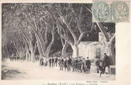 BOULBON LES PLATANES LE MARCHE ANIME 13 - France