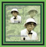 M2161 Mozambique 2002 Albert Schweitzer Nobel Peace Prize 1952 S/s - Albert Schweitzer