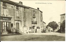CPA  LE CAYLAR, La Place, Boulangerie  6715 - Altri Comuni