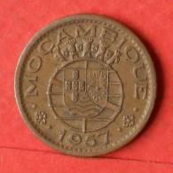 MOZAMBIQUE  50  CENTAVOS  1957   KM# 81  -    (1467) - Mozambique
