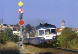 Thématiques Trains Thiviers 24 Ex Bifurcation D'Excideuil Deux Autorails X2800 Dont Le 2904 TER Limoges Bordeaux - Thiviers