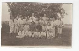 Carte Photo : Groupe De Militaires ( Lieu à Déterminer ) - Oorlog 1914-18