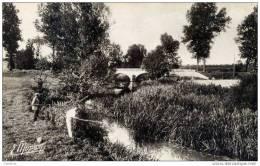 77-OZOUER-le-Voulgis-CPSM -Les  Bords De L´Yerres-Le Pont Du Seigneur-animée.Pêcheurs - Frankreich
