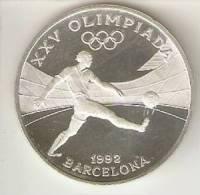MONEDA DE PLATA DE ANDORRA DE 10 DINERS AÑO 1989 DE LAS OLIMPIADAS DE BARCELONA 1992 (FUTBOL-FOOTBALL) SILVER-ARGENT - Andorre