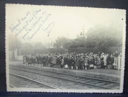 PhPA. C4. Départ De La Gare De FARCIENNES Du 1er Contingent Des Filles Pour La Maison De Vacances à Lustin - Personnes Identifiées