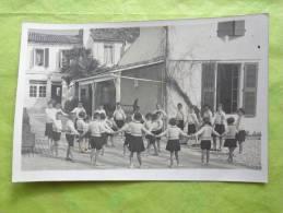 Carte Postale -photo 13.5cmx9cm-colonie De Vacances A Determiner ?- - Personnes Anonymes