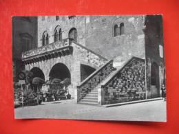 Prato Palazzo Pretorio Scorcio - Prato