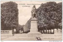 AVALLON STATUE DU MARECHAL  VAUBAN ET SES PROMENADES REF 10329 - Avallon