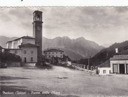 Meduno-udine-piazza Della Chiesa - Italia