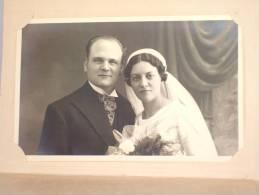 Photo Carte. Couple De Mariés. Foto Willemsen Aalst. Alost. Avec Pochette. 2 Scans. - Personnes Anonymes