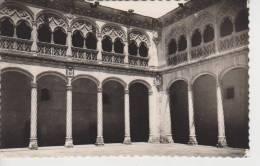 (CPA1308) VALLADOLID. PATIO PALACIO SANTA CRUZ - Valladolid