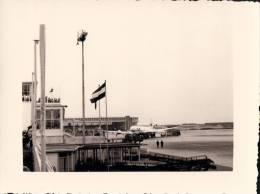 Foto Photo ( 7 X 10 Cm ) Vliegtuig Avion Luchthaven Vliegveld 1955 - Aérodromes