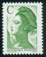France Liberté De Gandon N° 2615.** Lettre C Le Vert ( Faciale 2.10 Frs ) - 1982-90 Liberté De Gandon