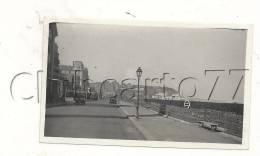 Dieppe (76) : La Promenade Le Long De La Mer En 1930 (animée) PHOTOGRAPHIE RARE. - Non Classificati