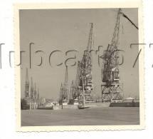 Bordeaux (33) : Vue Sur Les Grues Du Port Au Niveau Du Quai En 1956 (animée) PHOTOGRAPHIE RARE. - Non Classificati