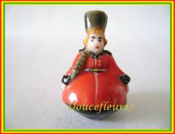 Toupies, Eurotoupies ... Lot De 5 ... Ref AFF : 90-2002 ...(pan 0019 - Regions