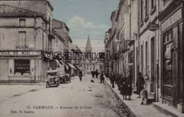 D - 81 - Tarn. - CARMAUX - Avenue De La Gare - (vieilles Voitures - Pub Montre OMEGA). - Edit. E. Caylou. - (voir Scan). - Carmaux