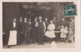 Commerce - Carte-Photo - Café Bistrot - Paris ? - Métiers Employés - Fillette Poupée - Caffé