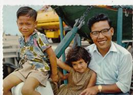 Br45118 Pacifique Iles Gilbert Type De Familie Evoluee Enfants Children  Folklore People Home 2 Scans - Kiribati