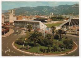 - TOULON (Var) - Rond-Point Bonaparte, Le Stade Mayol Et Le Mont-Faron. - - Toulon