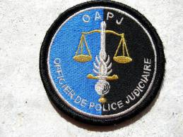 INSIGNE TISSUS PATCH GENDARMERIE NATIONALE OAPJ OFFICIER ADJOINT POLICE JUDICIAIRE SUR VELCRO ETAT EXCELLENT - Police & Gendarmerie