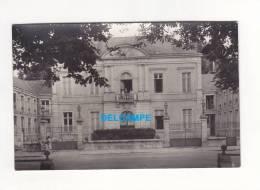 CPA Photo - MONTARGIS - La Sous Préfecture - Menu Au Verso 1932 - Accroc - Montargis
