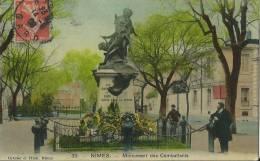 32Ve     30 Nimes Monument Des Combattants Colorisée (pas Courante) - Nîmes