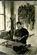 88 CPsm Photo Luthier De Mirecourt Outillage Metier Bois - Mirecourt
