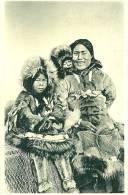 Autres. Une Maman Inuit Et Et Son Enfant. - United States
