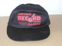 Casquette Publicitaire Noire Et Rouge, Amortisseurs RECORD Racing, Avec Bride De Réglage Scratch - Casquettes & Bobs