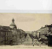 CPA 30 NIMES LE LYCEE NATIONAL ET LE BOULEVARD VICTOR-HUGO - Nîmes
