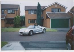 Photo Décapotable Anglaise Dans Un Lotissement (juin 1999) - Automobili