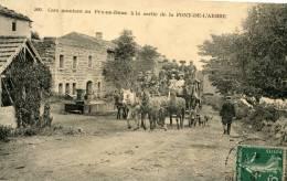 R19241 Cpa 63 Cars Montant Au Puy De Dôme à La Sortie De La Font De L'Arbre - Non Classés