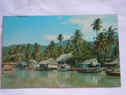 Malaysia Maleisie A Peaceful Scene At A Fishing Village On The North Coast Of Penang Village De Pecheurs - Malaysia