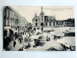 Carte Postale Ancienne : LIBOURNE : Place Abel Surchamp , Un Jour De Marché - Libourne
