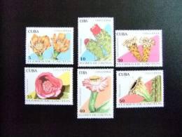 CUBA    1994  FLORA FLORES DE CACTUS   Yvert & Tellier  N º 3385 - 3390 ** MNH - Cactus