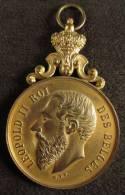 M01182 Schot Tir Schuss, Soc. Roy. Guillaume Tell Bruxelles 1898 Et Léopold II Par Hart, Bélière (52 G.) - Royal / Of Nobility