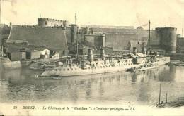 N°29330 -cpa Brest -croiseur Protégé- - Guerra