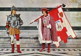 Les Contrades Historiques De Sienne Page Porte Drapeau De La Contrada Della Girafa-1- - Italie